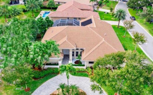 Your slice of tropical PARADISE awaits., 5 Bedrooms, 4 Baths in CORAL SPRINGS, Wheelchair Accessible Homes